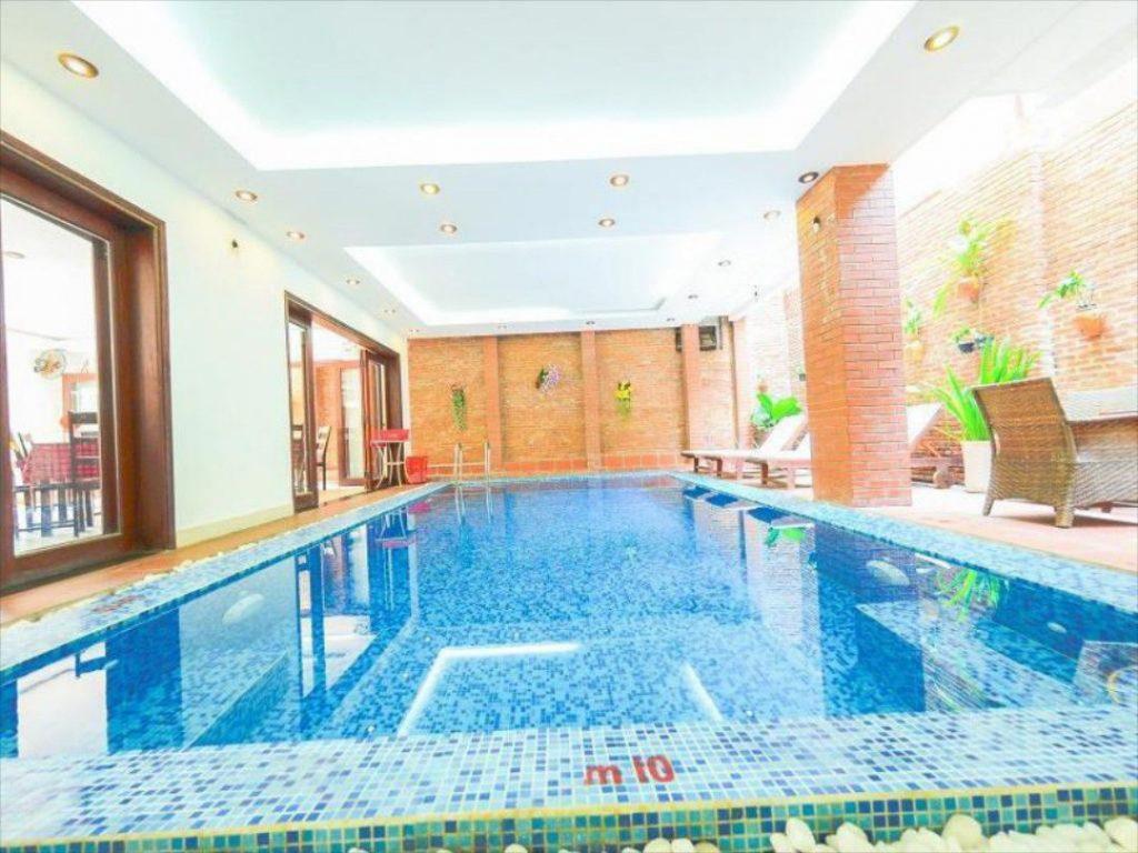 hồ bơi Golden River Hotel