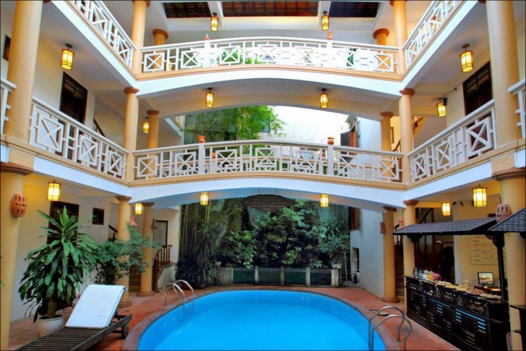 khung cảnh Thanh vân Hotel