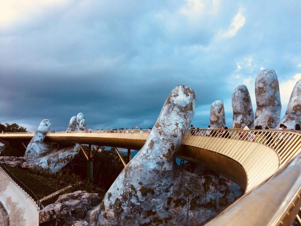 Cầu Vàng Bà Nà Hills