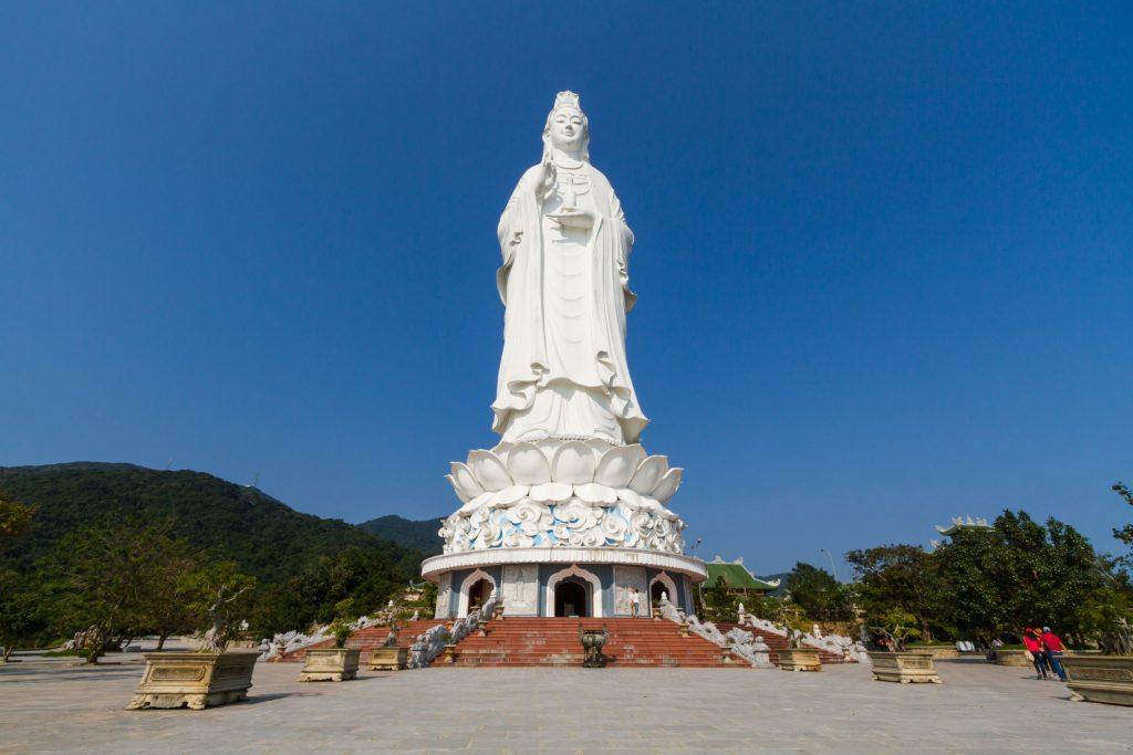 chùa linh ứng1